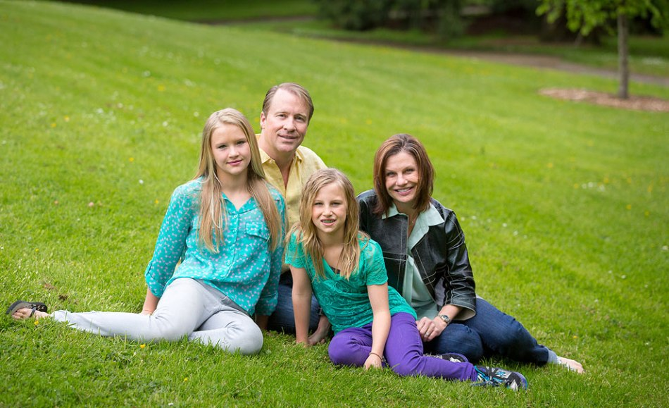 Seattle Family photographer Daniel Sheehan photographs the Martin Family
